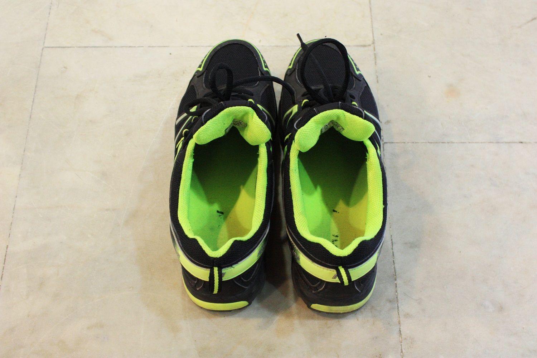 df1359aa При моей широкой ноге с высоким подъёмом, я часто испытываю затруднения в  подборе обуви, однако с Caiman никаких неудобств не возникло вообще –  кроссовки ...